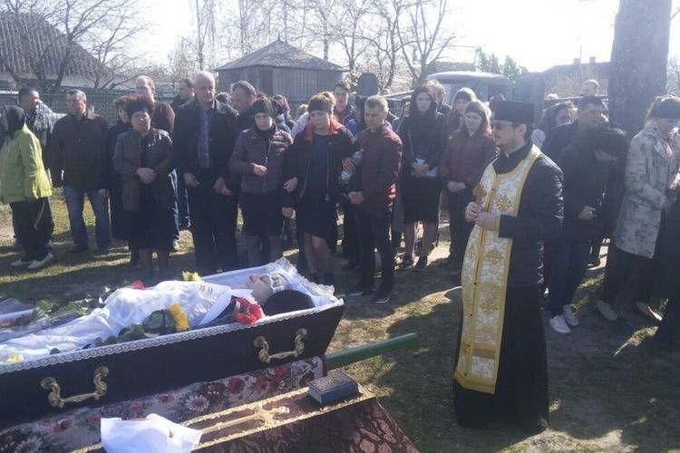 На Камінь-Каширщині провели в останню путь захисника України