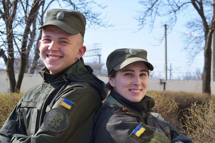 Брат з сестрою стали гвардійцями: коли героїзм рідних надихає