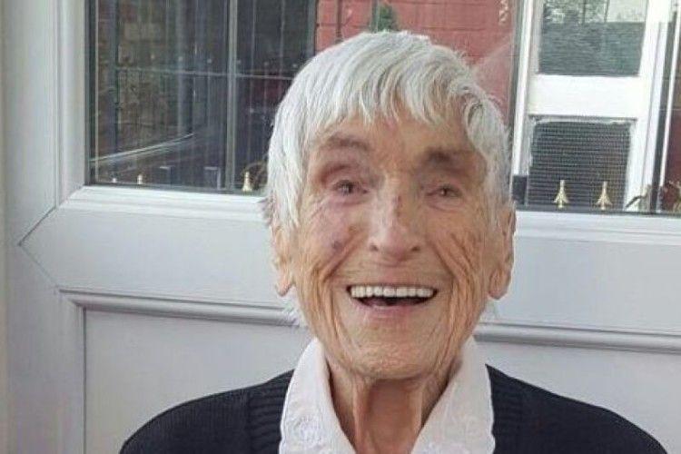 Померла «супер-бабуся», яка мала понад 150 онуків, правнуків і праправнуків