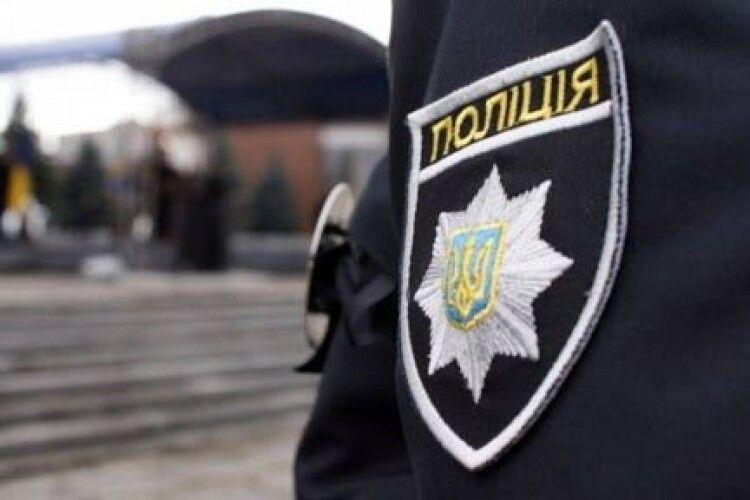 У відділенні поліції загадково померла жінка