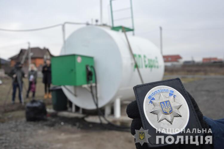На Волині поліцейські припинили незаконну діяльність семи АЗС