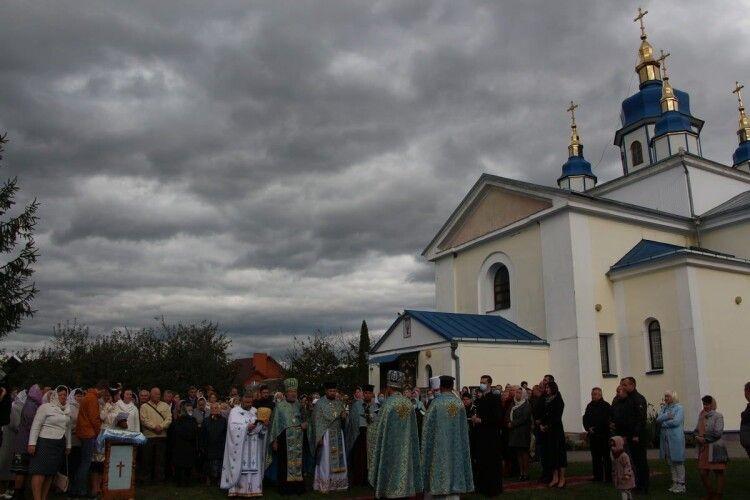 Під Луцьком зведуть духовно-національний центр