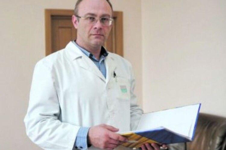 Керівник Волинської обласної інфекційної лікарні хоче звільнитися
