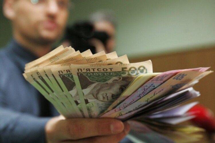 Зарплати освітян збільшилися на 20 відсотків