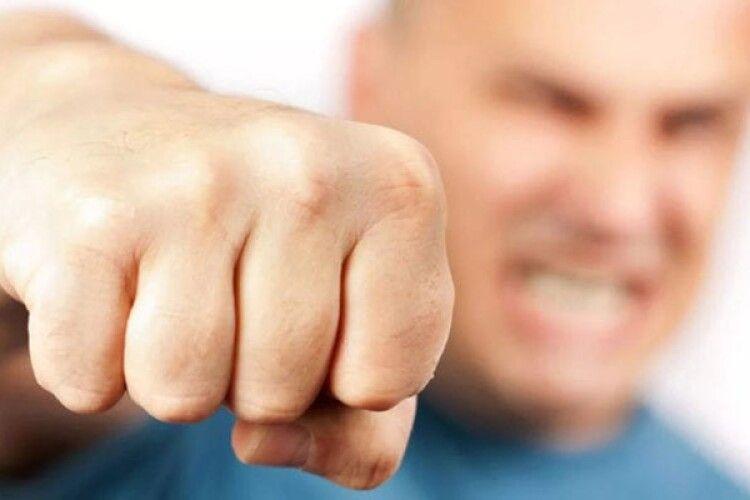Волинянин сильно побив товариша – той в реанімації