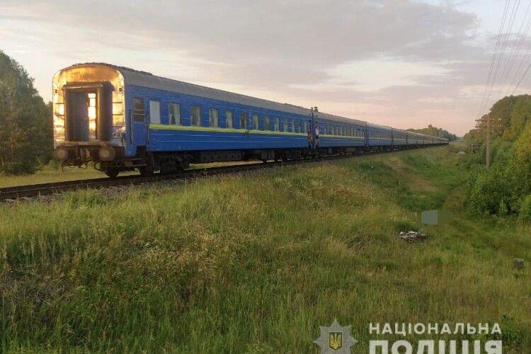 В'їхав у поїзд: у Маневичах загинув мотоцикліст