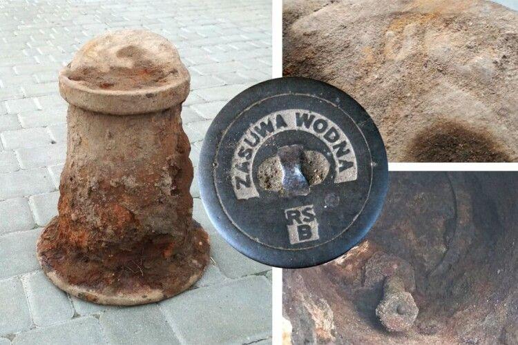 Під час реконструкції проспекту Волі у Луцьку викопали ще одну старовинну знахідку (Фото)