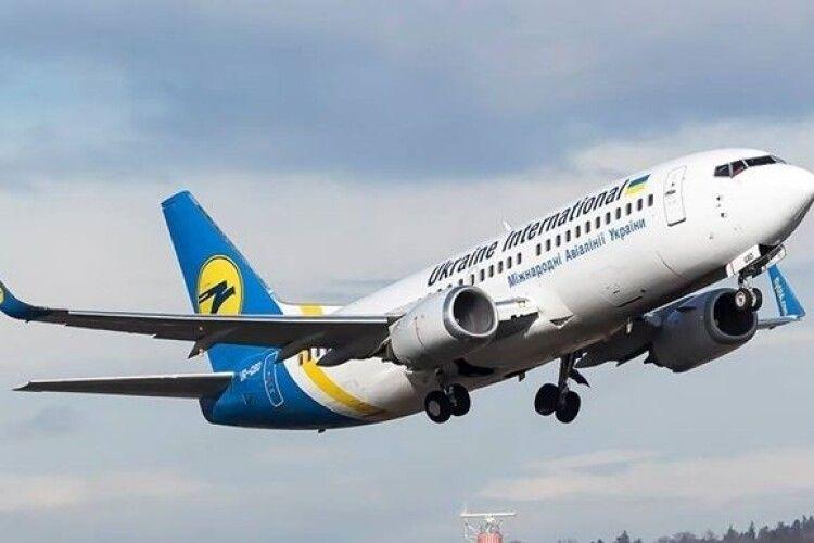 МАУ відновлює рейси з Києва у Варшаву