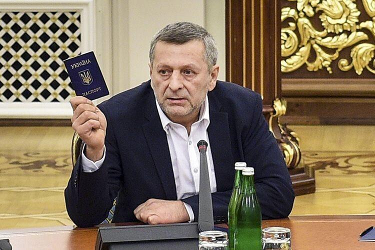 Ахтем Чийгоз — Зеленському:  «Коли окупанти кидали нас у в'язниці, ваш «Квартал» насміхався з України»