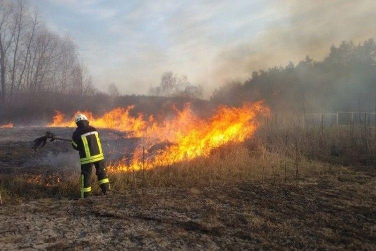 На Волині протягом вихідних рятувальники ліквідували 4 пожежі