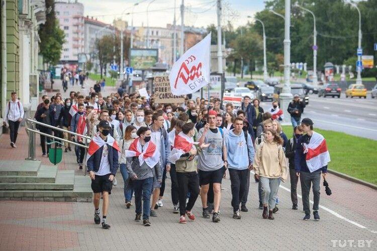 Відрахованим у Білорусі студентам обіцяють допомогу зі вступом в Україні