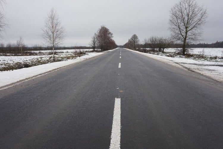 На Камінь-Каширщині відновили 19 кілометрів розбитих доріг (Фото)