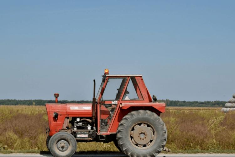 На Волині покарали тракториста за другу п'янку за кермом