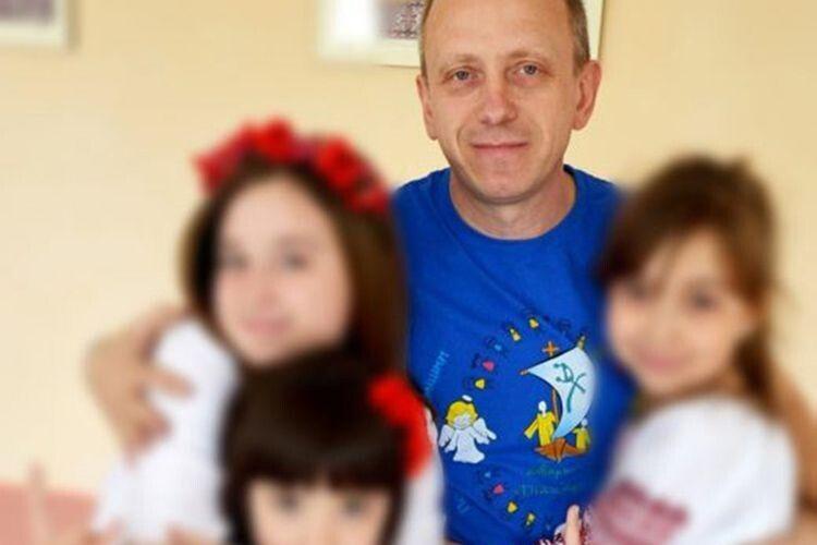 Протягом 15 років псевдопастор зі Львова карав дівчаток за погану поведінку… зґвалтуванням