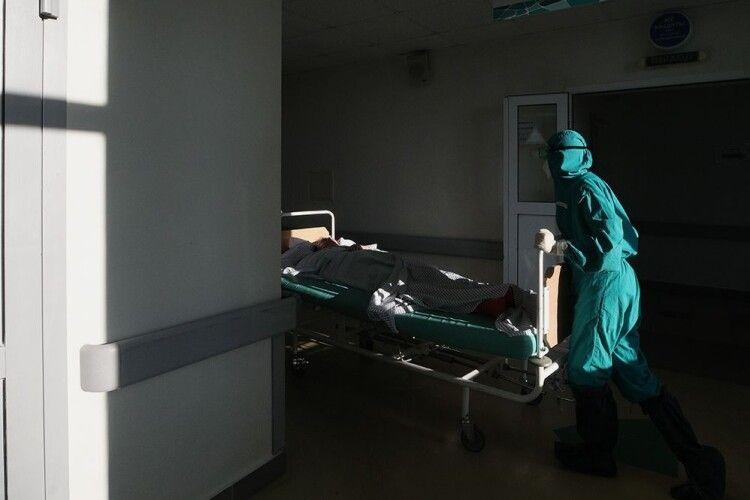 Коронавірус на Волині забрав аж 15 життів: усі цифри на 12 жовтня