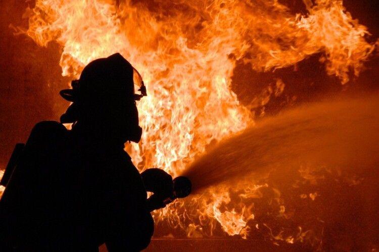 У Старій Вижві  через пожежу люди ледь не залишилися без житла