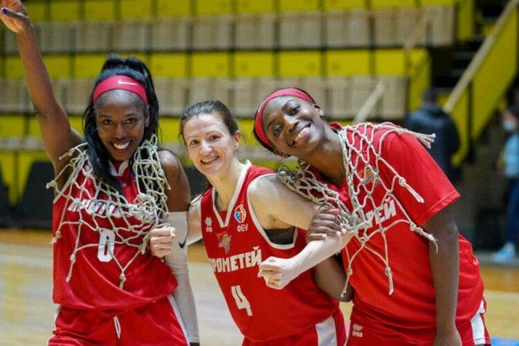 Баскетбол: команда-дебютант з ходу виграла чемпіонат України (Фото)