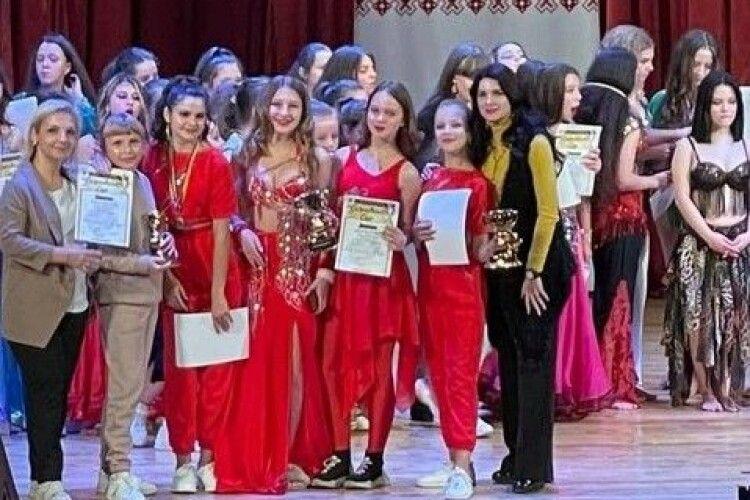 Ковельські танцюристи привезли зі змагань 23 медалі! і путівку на Чемпіонат України (Фото)