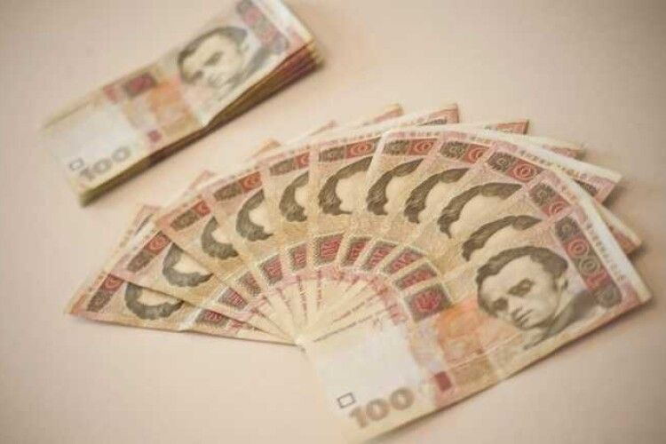 В Україні збільшать мінімалку до 7 700 гривень
