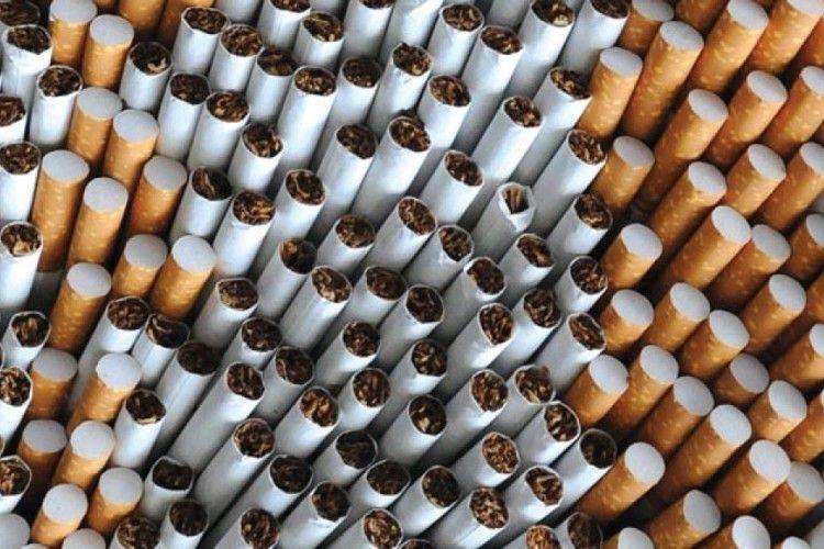 До Польщі 19-річний українець хотів вивезти майже 4 тисячі пачок курива (Відео)