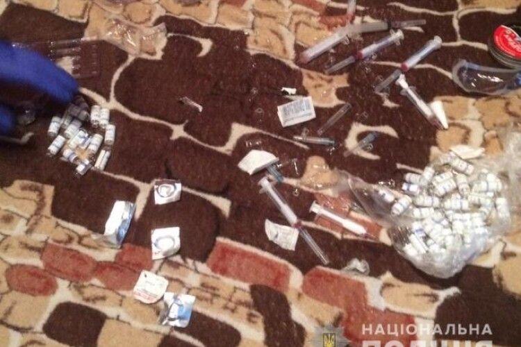 У Нововолинську злапали банду наркоторговців (Фото)
