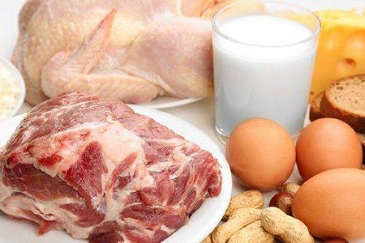 В Україні скорочується виробництво молока, м'яса та яєць