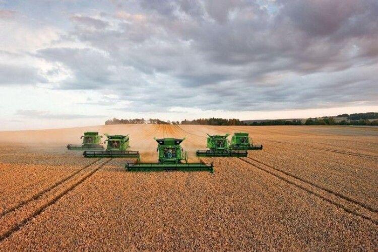Волинська аграрна компанія планує запровадити очне землеробство на усіх своїх землях