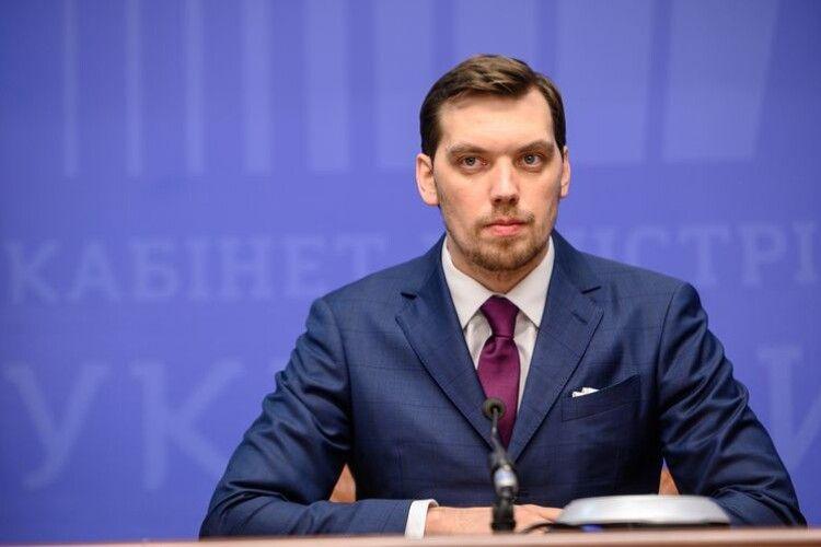 «Зелений» експрем'єр-міністр каже, що його команда не крала, а от в судах – повна «жесть» (Відео)