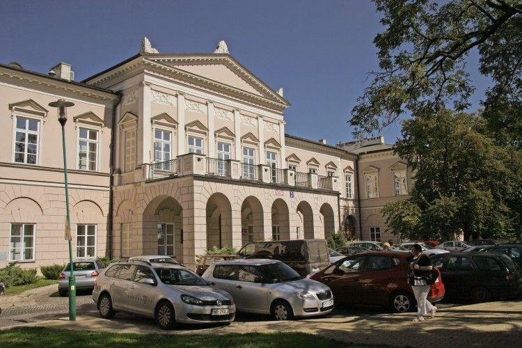 Польща створює музей втрачених на сході територій