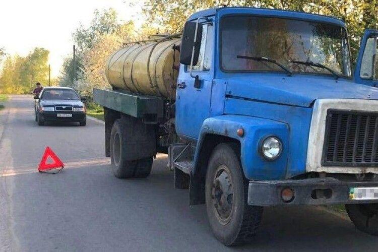 На Рівненщині помер хлопчик, який потрапив під вантажівку (Фото)