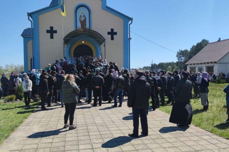 Рівненська єпархія ПЦУ підготувала заяву до ДБР через дії поліцейських