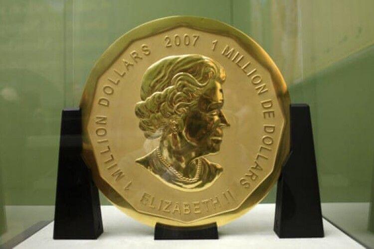 У Берліні масові обшуки через вкрадену золоту монету вагою 100 кг
