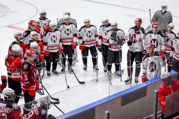 Відразу 23 хокеїсти білоруського «Немана» підчепили коронавірус