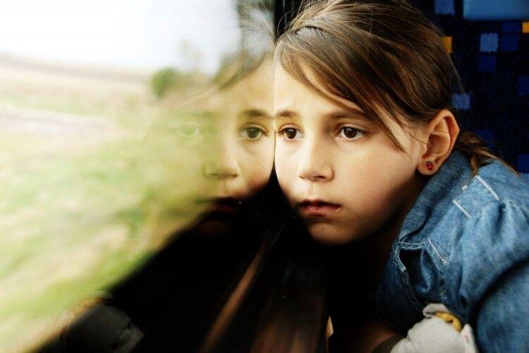 На Волині батьки сіли в автобус, а сина залишили на зупинці
