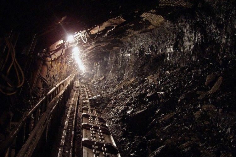 Свято під землею: на Львівщині шахтарі третю добу не піднімаються на поверхню