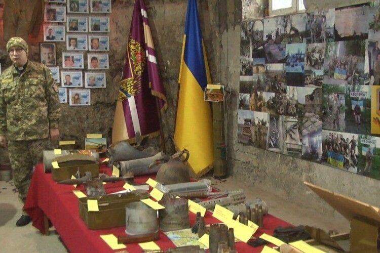 «Хотів показати, що таке війна»: священник відкрив музей АТО/ООС