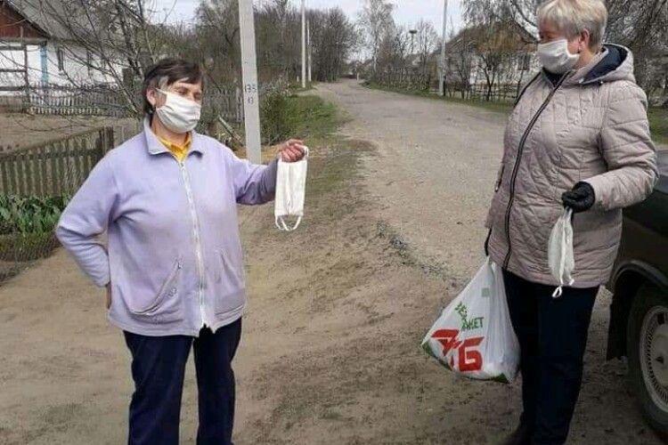 Мешканці Копачівської ОТГ отримали продуктові набори