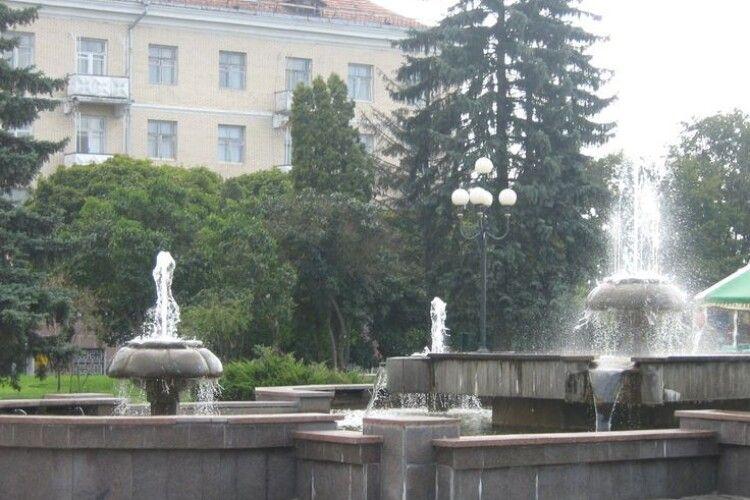 Що буде з фонтанами на проспекті Волі у Луцьку