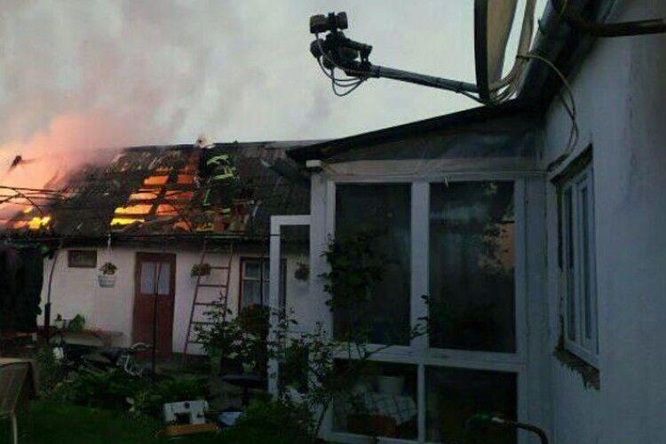 На Горохівщині бійці ДСНС врятували від знищення вогнем житловий будинок