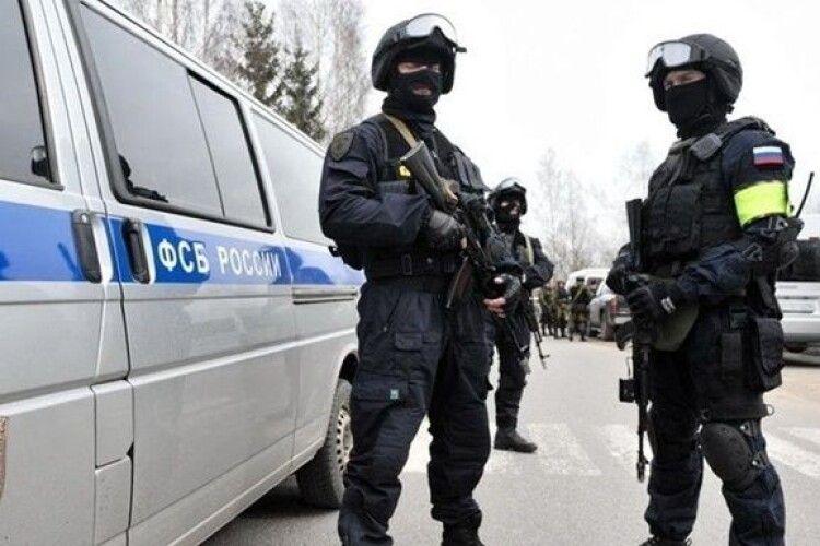 У Росії затримали українського консула під час отримання інформації закритого характеру