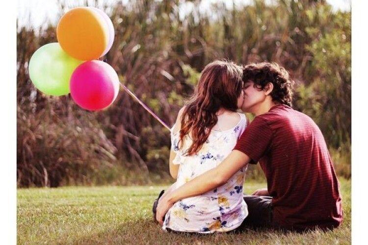Раннє статеве життя: як розцінюють його спеціалісти?