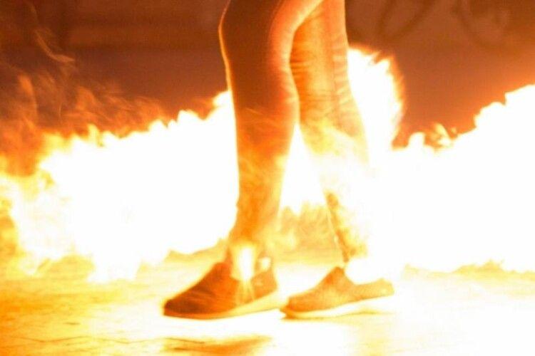 Селянин облив бензином сусіда і підпалив (Фото, відео)