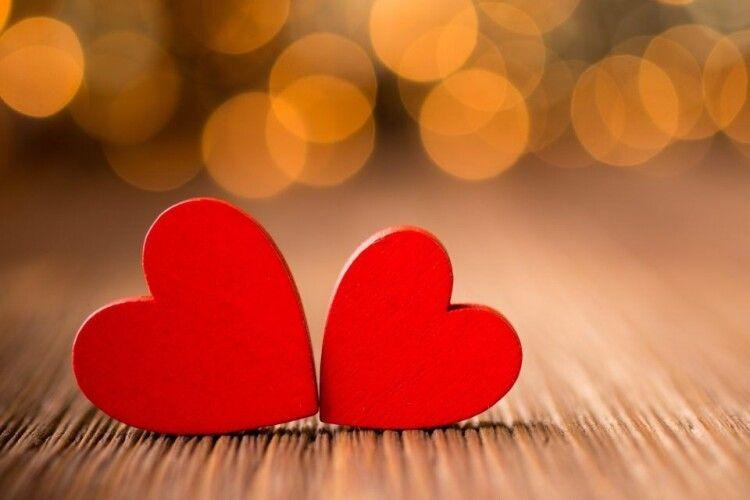 Так хочеться бути упарі: шлюбні оголошення