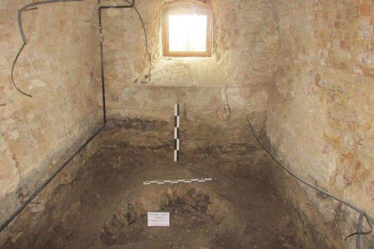 У Луцьку завершили попереднє дослідження башти Чорторийських