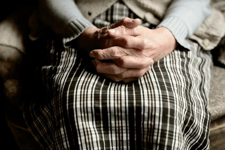 Бабця знайшла у своєму сараї людське м'ясо (Відео)