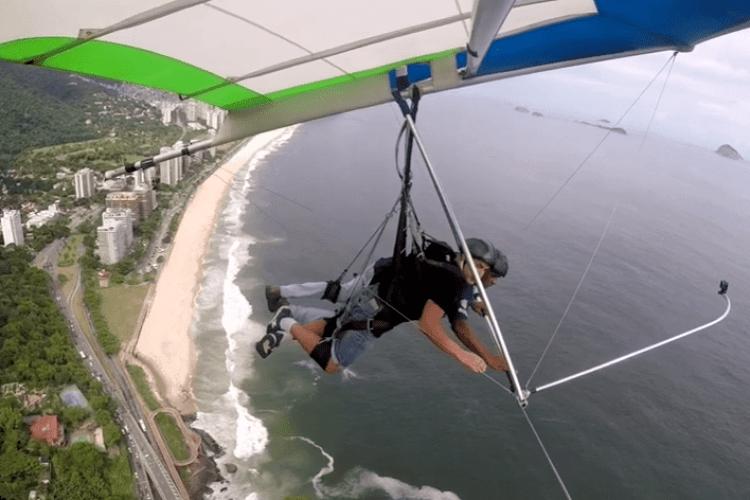 Колишній депутат Луцькради літав на дельтаплані над столицею Бразилії (Відео)