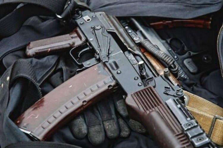 Вистріл в голову: волинський прикордонник застрелився з автомата