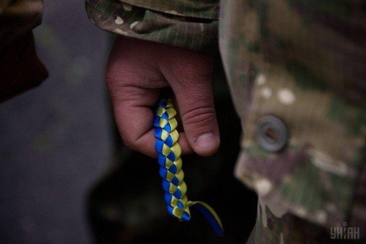 Бій досі триває: на Донбасі внаслідок обстрілів окупантів загинули четверо українських воїнів