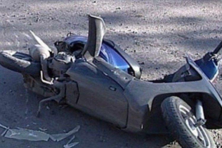 Горохівщина: водій упав зі скутера і опинився в реанімації