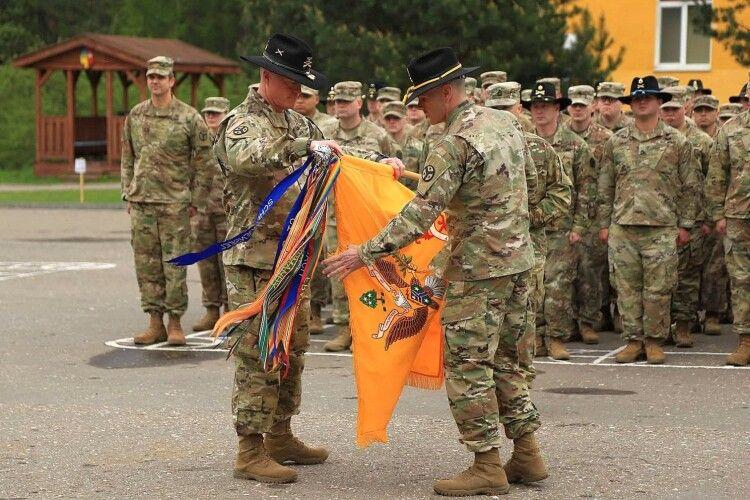 В Україну прибули 130 військових із США